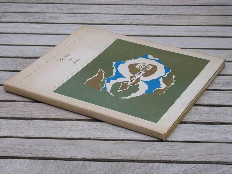 FUCHS J.M. / SIMONS W.J. - Het staat op papier. Vijftig jaar VRG